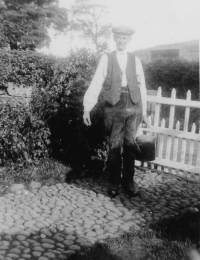 GrandfatherHarrisonHighlawsC1936.jpg